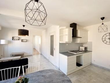 photo du bien immobilier LOCATION - Place Chavanelle - 49m²